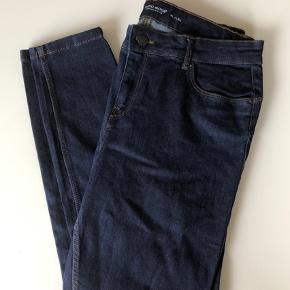 Mørke blå jeans fra Vero Moda  Str Xl/L30  Brugt en enkelt gang