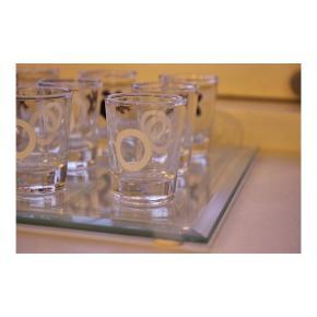 Glas drukspil fra søstrene grene.  Brugt en gang.