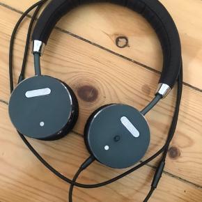 SackIt hovedtelefoner. Aldrig brugt.  Købspris 700 kr.