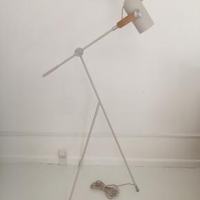 Le Klint gulvlampe