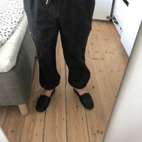 Sælger ubrugte Han KJØBENHAVN bukser   Nypris - 1000 kr