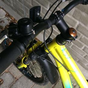 Kildemoes mountainbike 20 tommer i meget fin stand ,sælges da den er blevet for lille , cyklen er ikke brugt ret meget .