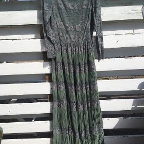 Jesper Høvring kjole