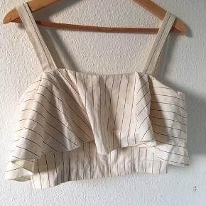 Sød crop top fra Envii str medium