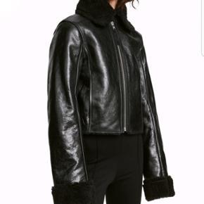 H&M premium quality læderjakke ny ubrugt nypris 2500kr str 38