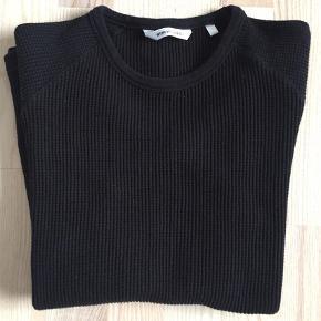 Varetype: Bluse Størrelse: S/M Farve: Sort Oprindelig købspris: 1000 kr.  Won hundred style Wrighty 1 str. M men fitter mindre så den er mere en str. S/M  Brugt men i rigtig pæn stand.