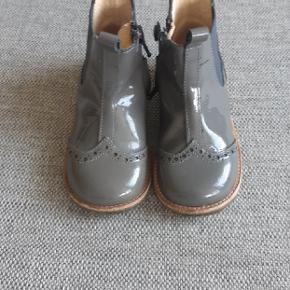 7d1716cf6920 Næsten som nye Angulus Chelsea støvletter. Har kun været brugt i en uges  tid.