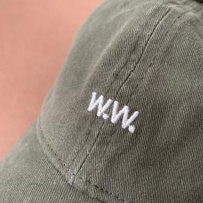 - Wood Wood Low Profile Cap - One Size - Worn once / no damages