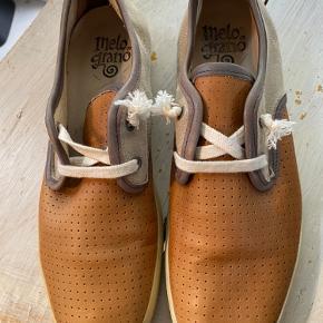 Melograno sneakers