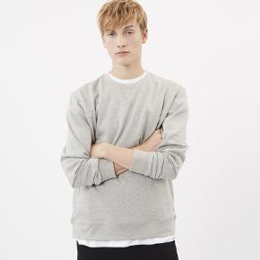Sælger denne lækre trøje fra det populære danske modemærke Minimum. Den er aldrig brugt.  Byd!