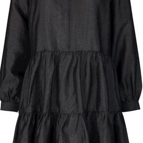 kjole fra Mbym💃
