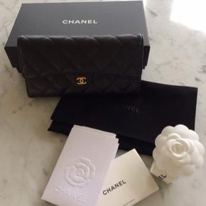 Chanel pung i Caviar  Købt juni 2018  Alt følger med  Brugt minimalt  Nypris 7300 kr