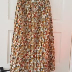 Vintage retro skirt in a great condition 📦 Can send with DAO