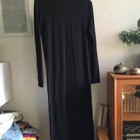 Magasin anden kjole & nederdel