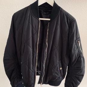 Bomber jakke