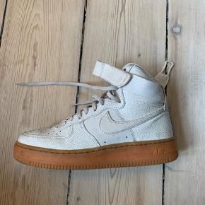Nike air force high // str. 38 // 200kr
