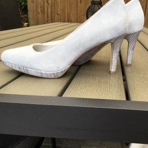 Lyseblå sko fra Tamaris
