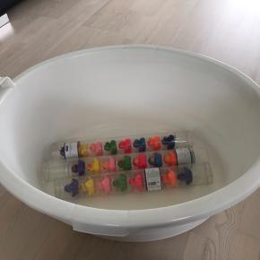 Stort badekar til børn  Gmb Inkl. 24 helt nye badeænder  Afhentes i Skads
