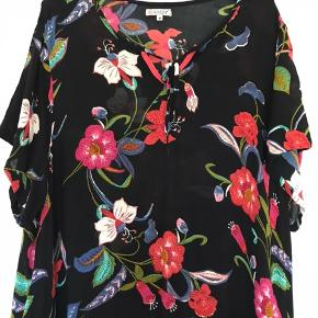 Gozzip kjole  Str. M Kun brugt ganske få gange, og fremstår som ny.