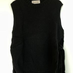 Levete Room vest