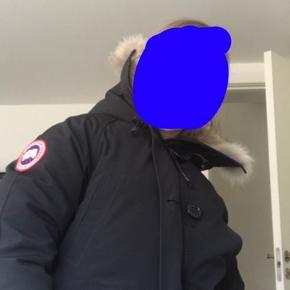Hejj, jeg sælger min CANADA GOOSE jakke, da jeg ikke får den brugt dsv, np er: 5400🙃 den er købt i december 2018 og fejler intet, den er kun brugt 2-3 gange. O byder bare- yasmin🤩