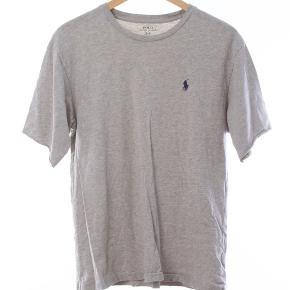 Ralph Lauren t-shirt Str S Stand: næsten som ny 99 kr.