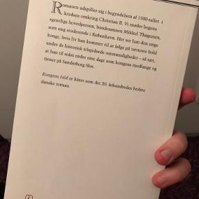 """Klassikeren """"Kongens fald"""". Læst én gang så fremstår som ny.  Afhentes i Hellerup eller sendes med DAO"""