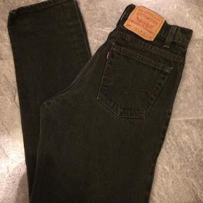 Fede højtaljede Levis vintage jeans. Model 550, str 31/34