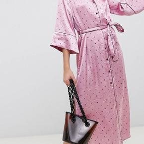 Asos tall kjole i xs Køb for 150kr