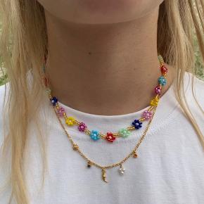 Håndlavet halskæde 110kr (øverst på billede)🌸 Kan laves med sølv eller guld perler.  Prisen er fast.  Se mere på Instagram: @muluadesign.