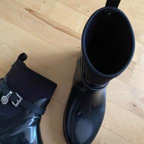 Kors by Michael Kors andre sko & støvler
