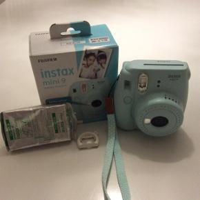 Sælger mit instax mini 9 camera næsten helt nyt uden riser og skrammer. æske hører med og 10 billeder nypris for kameraet er 700kr og 100kr for billederne:) men BYD