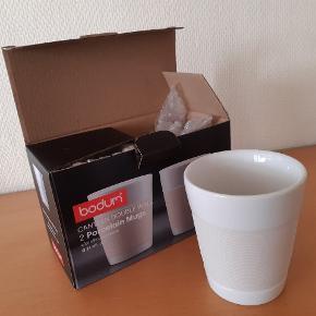 2 stk Bodum termokrus i hvid.   Aldrig brugt og stadig i original indpakning.  Kan afhentes i Syvsten eller Aalborg.