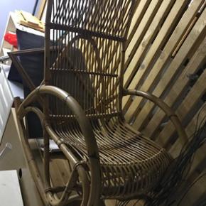 Chaise à bascule en bambou