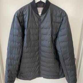 RAINS jakke
