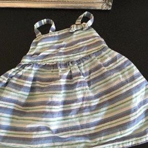 Cherokee kjole str 74 -fast pris -køb 4 annoncer og den billigste er gratis - kan afhentes på Mimersgade 111 - sender gerne hvis du betaler Porto - mødes ikke andre steder - bytter ikke