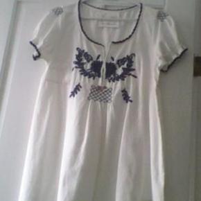 Bluse fra Odd Molly Str. 2 Porto betales af køber