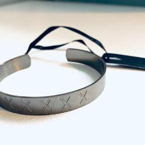 Splinternyt armbånd fra Pure med mærke Købt for 400,- Sterling sort oxideret sølv