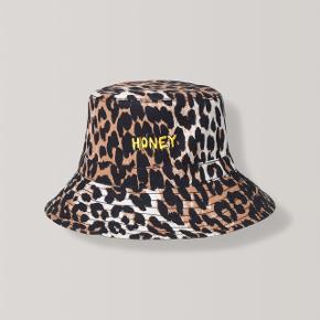 Leopard hat fra Ganni - aldrig brugt!