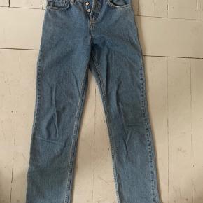 Wood wood Liv jeans. Str 25/32.