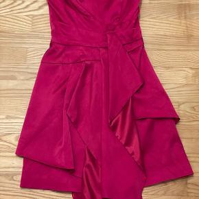 Karen Millen Anden kjole & nederdel