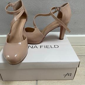 Anna Field heels