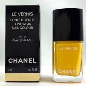 Chanel Vernis 592 Giallo Napoli. Gul neglelak limited edition.   Ikke brugt