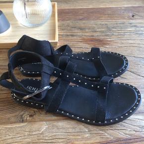ICHI sandaler