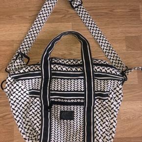 Small bag muriel Str. onesize