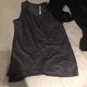 Glimmer top/kjole envii str mSort skindjakke ikke ægte skind fra sisters point str. L Glimmer top fra minimum str m Blå/sort bluse fra Vila str s