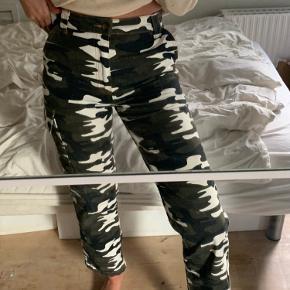 Super fede bukser fra Topshop, næsten aldrig brugt