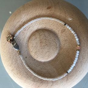 Fine accessories / 50kr stk
