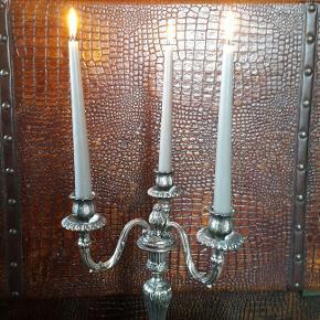 Magnifique chandelier en bronze argenté