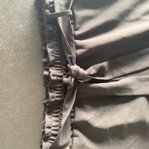 Zeze bukser, loose fit, med lommer Rigtig lækre